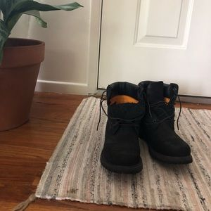 Hardly used timberland hiking boots